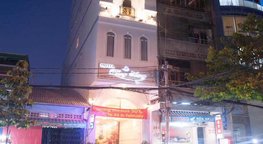 Khách sạn Phụng Hoàng