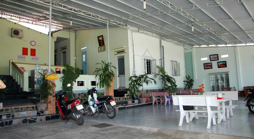 Quốc Định Guesthouse