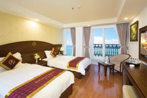 Phòng Executive đôi hoặc có 2 giường đơn nhìn ra biển