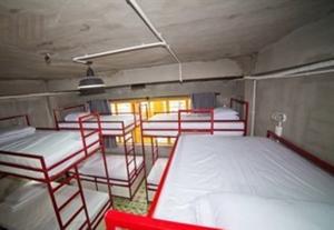 Giường Đơn trong Phòng ngủ Tập thể 5 Giường