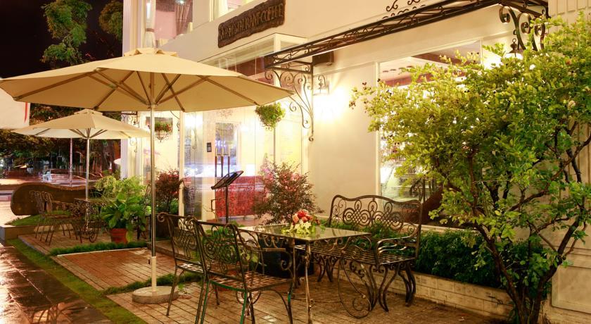 Khách sạn Sài Gòn's Book