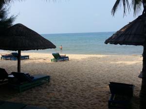Nhà gỗ nhìn ra bãi biển