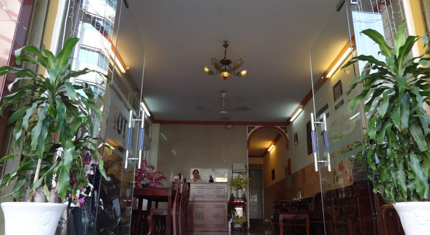 Khách sạn Sơn Tùng
