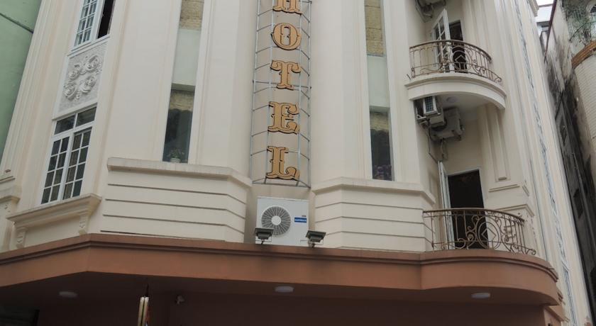 Khách sạn Starlight