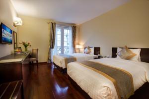 Phòng Deluxe Giường Đôi/2 Giường Đơn có Ban công Nhỏ