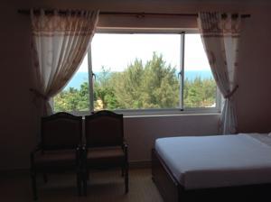Phòng Giường Đôi/ 2 Giường Đơn Nhìn ra Núi