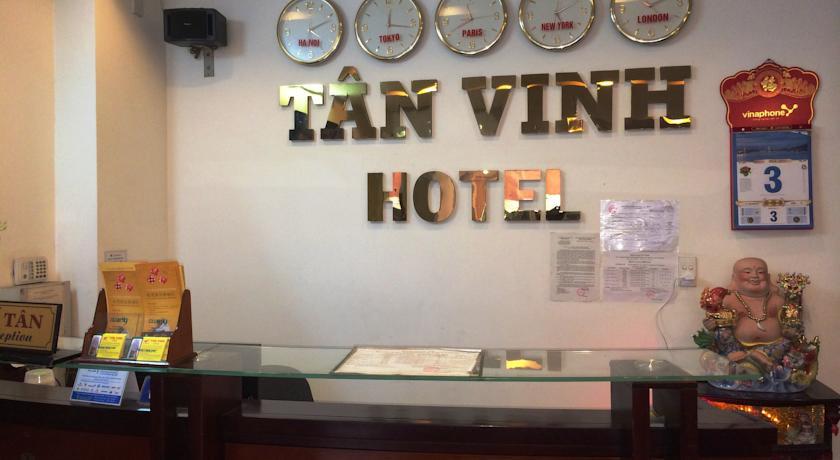 Khách sạn Tân Vinh