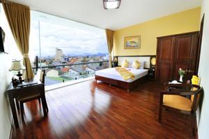 Phòng Deluxe Đôi/ 2 Giường đơn nhìn ra Thành phố