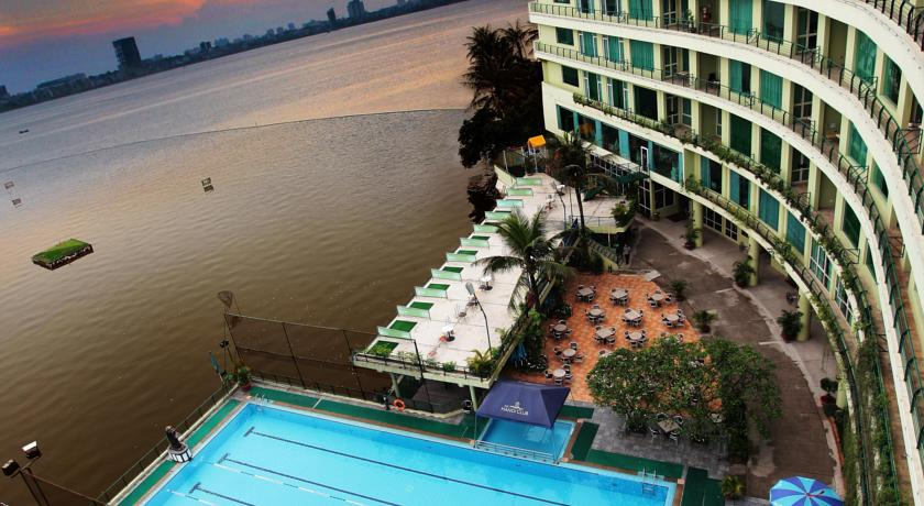 The Hà Nội Club Hotel & Lake Palais Residences
