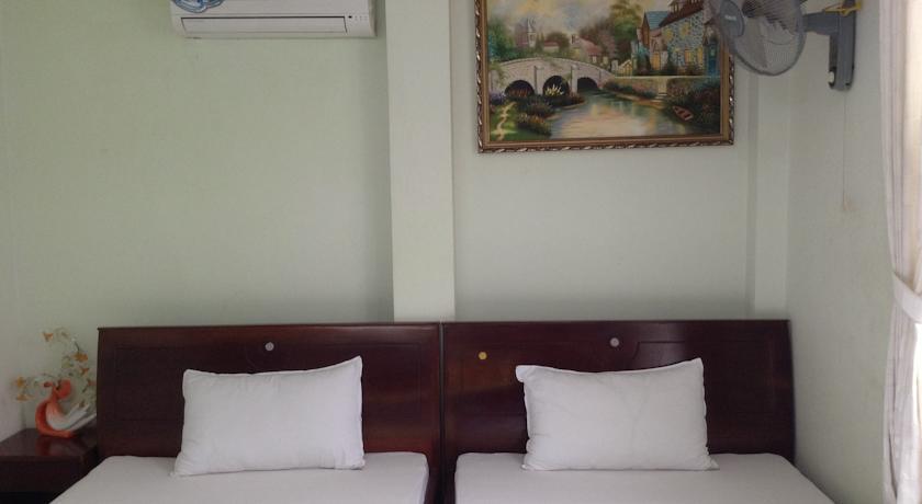 Khách sạn Thiên Hồng