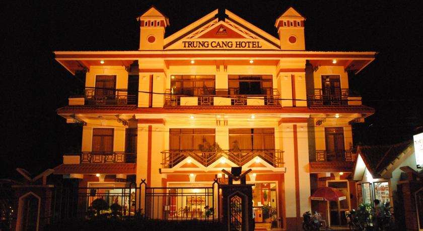 Khách sạn Trung Cang