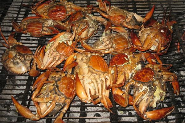 Cua nướng làng chài - Hải sản Nha Trang