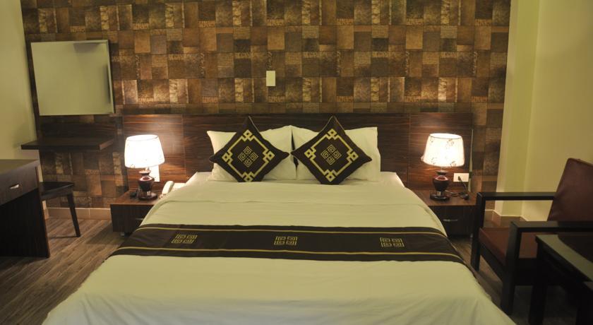 Khách sạn Rose