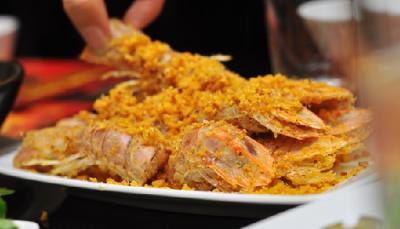 Top 5 món ăn nhất định phải thưởng thức khi đến với Cát Bà