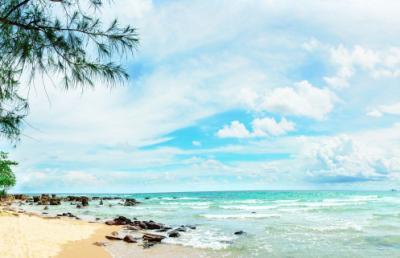 Bãi biển Vũng Bầu hoang sơ giữa lòng đảo ngọc Phú Quốc