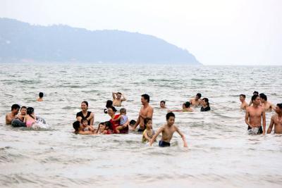 Chiều ở biển Tam Hải