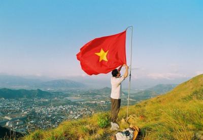 Trải nghiệm du lịch bụi cắm trại tại đỉnh Cô Tiên Nha Trang