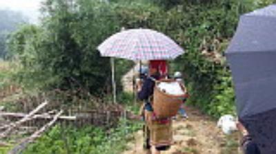 Du lịch Sapa theo chân phụ nữ Dao đỏ khám phá văn hóa bản Tả Phìn