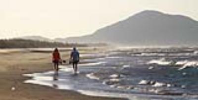 Gợi ý những bãi biển tuyệt đẹp cho chuyến du lịch dịp 30/4 - 1/5 của bạn