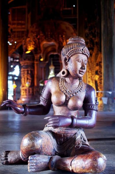 Lâu đài gỗ không dùng đinh ở Pattaya