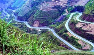 Ngọn đèo huyền thoại trên cao nguyên đá Hà Giang