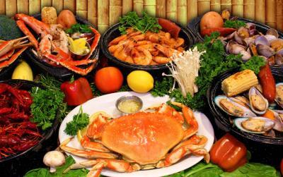 Gợi ý các chỗ ăn hải sản Hạ Long ngo bổ rẻ