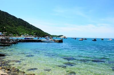 Mát lịm trong sóng nước đảo Cù Lao Chàm