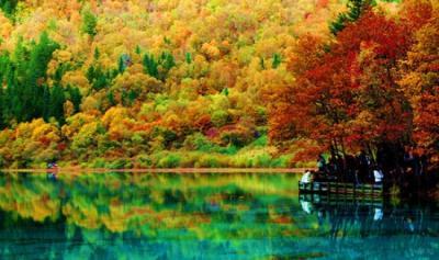 Mê mẩn vẻ đẹp của Cửu Trại Câu trong thời khắc giao mùa