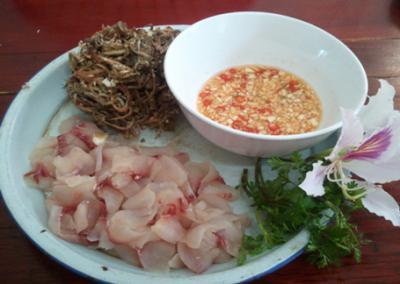 Gỏi cá hoa chuối  miền Tây Bắc món ngon lạ của người thái