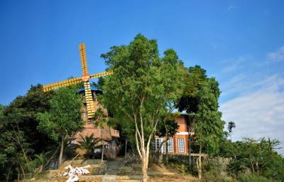 Thung Nai điểm dã ngoại hấp dẫn gần Hà Nội