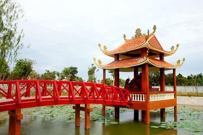 Về xứ Tây Đô nhớ ghé Thiền viện trúc lâm Phương Nam