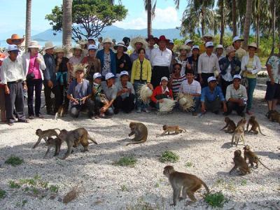 Đảo khỉ giữa lòng phố biển Nha Trang