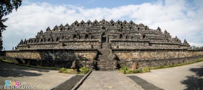 Đền thờ Phật giáo lớn nhất thế giới tại đất nước vạn đảo