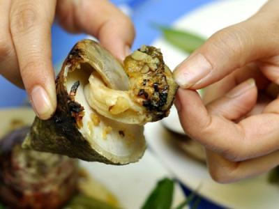 """""""Gợi cảm"""" món ốc vú nàng miền Trung"""