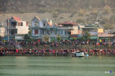 Lễ hội đua thuyền đậm sắc màu văn hóa ở Sơn La