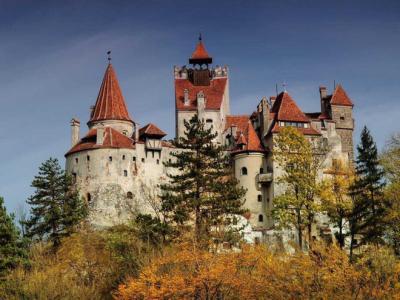 Thăm tòa lâu đài của Dracula