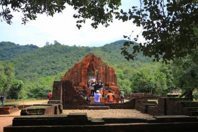 Bí ẩn khu thánh địa lâu đời nhất Việt Nam