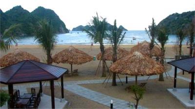 Bãi tắm Tùng Thu