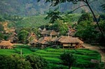 Bản Hìn của người Thái