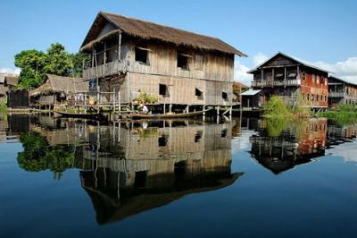 Khu du lịch sinh thái Làng nổi Tân Lập