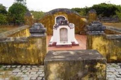 Lăng mộ Nguyễn Thông