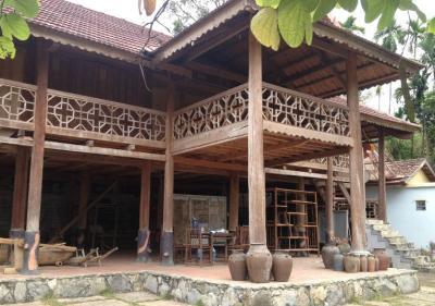 Nhà trưng bày hiện vật, cổ vật văn hoá Thái