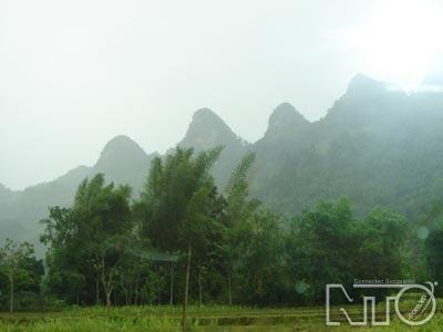 Núi Răng Cưa