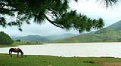 Hồ Dankia (Hố Suối Vàng)