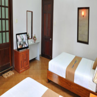 Khách sạn Hoa Bảo