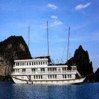 Du thuyền Jasmine