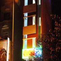 Khách Sạn Celine