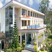 Khách Sạn Golf 1