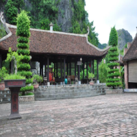 Khách Sạn Làng Việt Cổ
