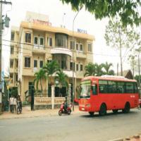 Khách sạn Mộng Yến